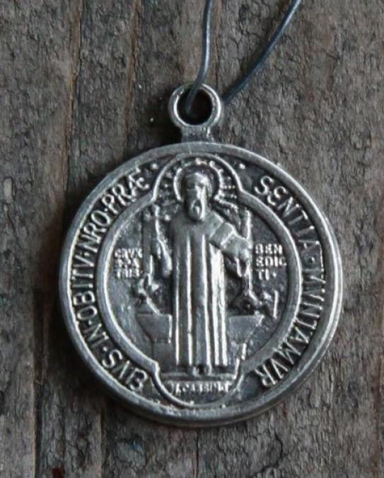 Lille sølv emblem (San Benedetto) - 1