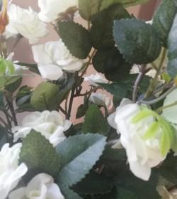 Kunstige hvide roser i potte H: 34 cm.  - 3