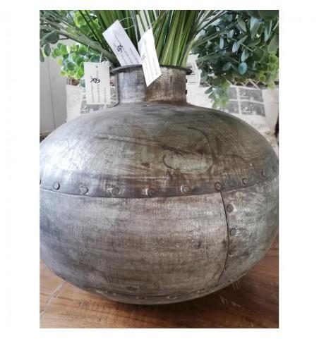 Stor rund vase i jern H: 32 cm. (varierer) - 2