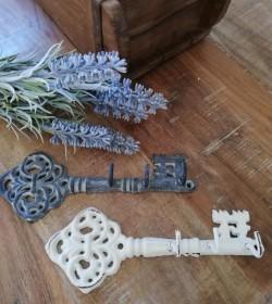 Antikzink nøgle med 3 kroge L: 16,5 cm.  - 1