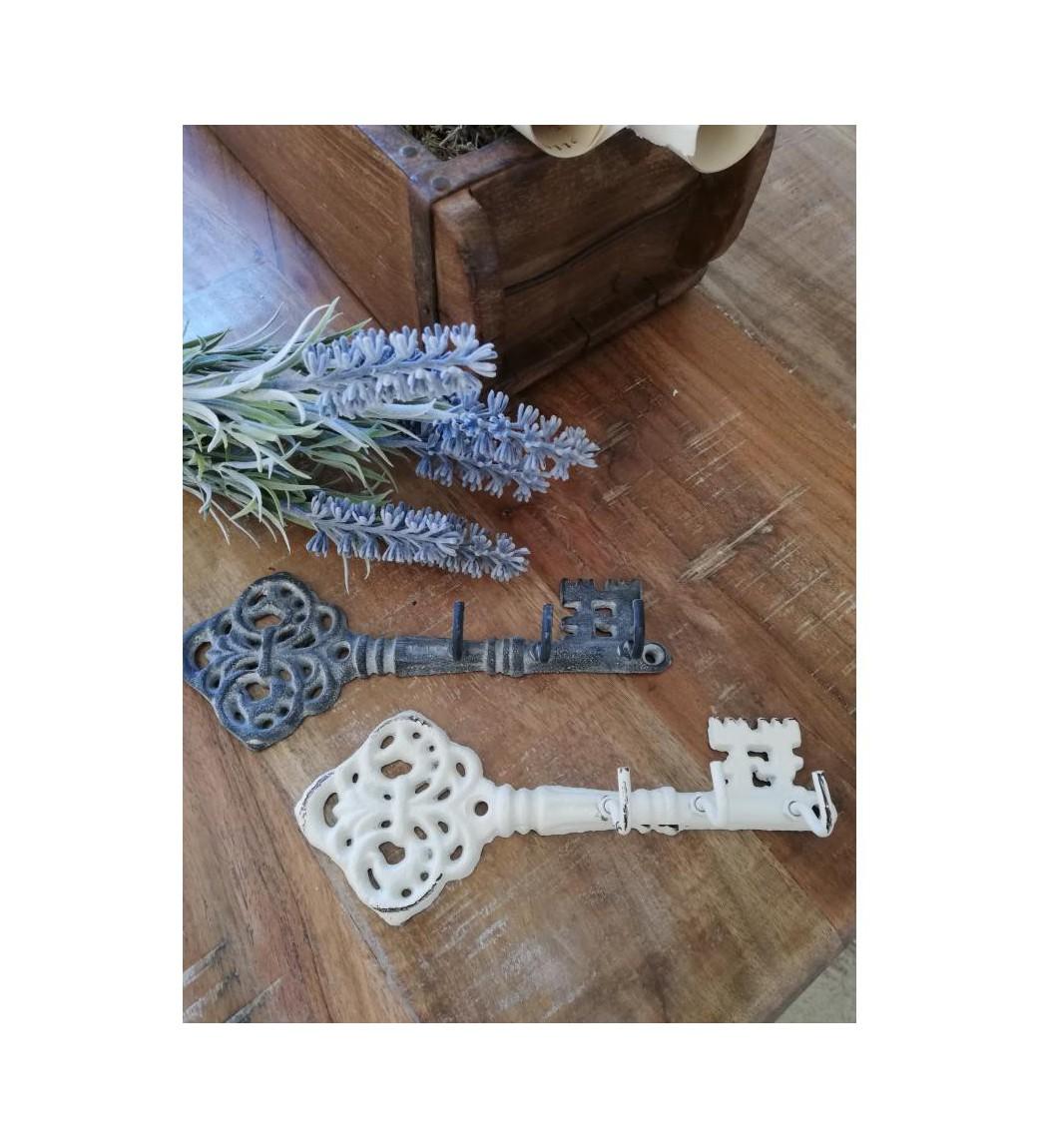 Antikcreme nøgle med 3 kroge L: 16,5 cm.  - 1