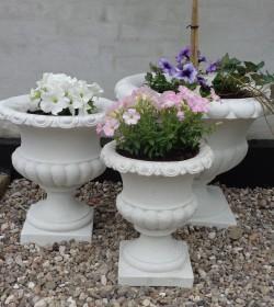 Blomsterkrukke i marmor H: 49 cm.  - 2