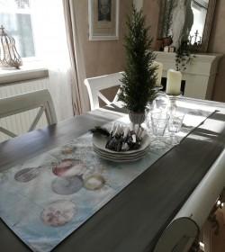 Bordløber med julekugler L:...