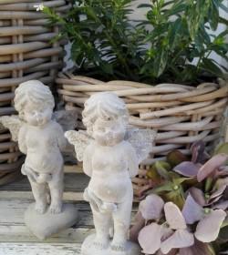 Lille engel på hjerte H: 15 cm.  - 1