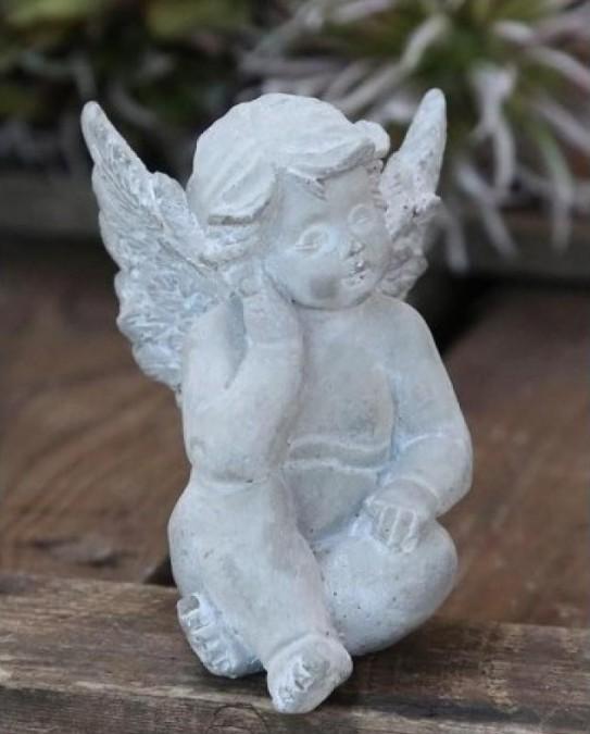 Siddende engel H: 8 cm.   - 1