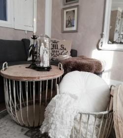 Sæt med 2 stk. creme sofaborde med trælåg Ø: 48 og 56,5 cm.  - 2