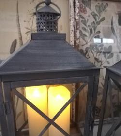 Tin lanterne med kryds H: 38 cm. pr. stk.  - 3
