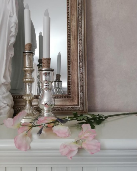 Kunstig ærteblomst lyserød L: 70 cm. pr. stk.  - 1