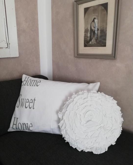 Hvidt pudebetræk Home sweet home 50x70 cm. (Uden fyld) - 1