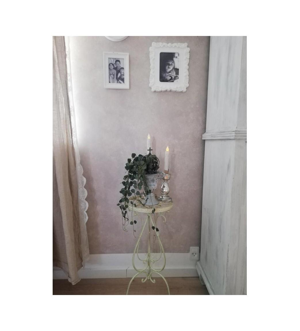 Creme bord med liljer Ø: 26 cm.  - 1